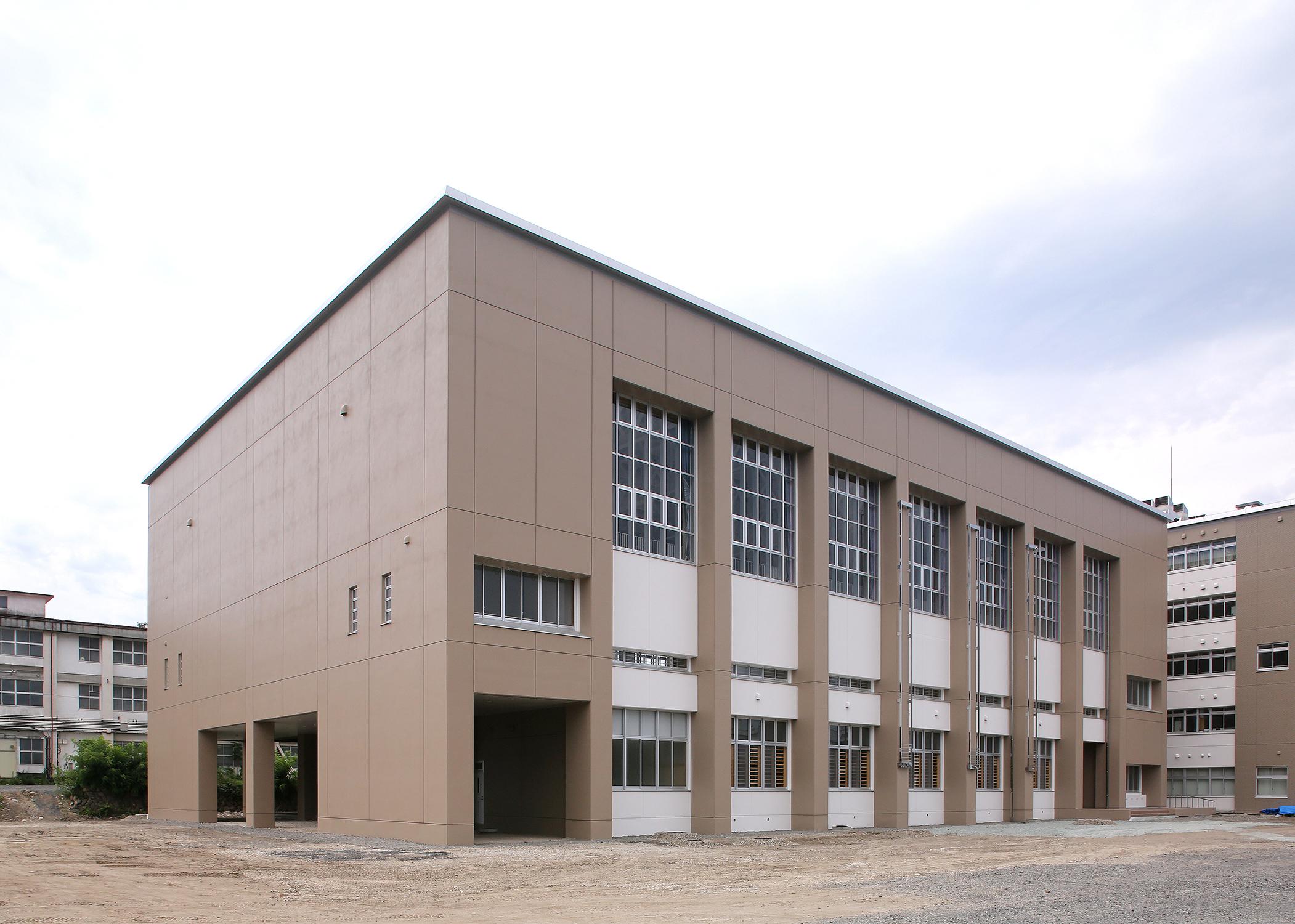 山形工業高校体育館.jpg